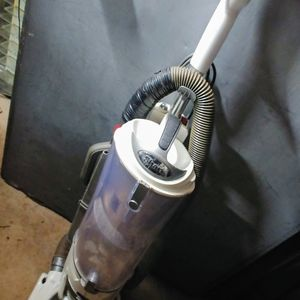 Shark Navigator Professional Upright White Canister Vacuum Cleaner UV420 for Sale in Columbia, SC