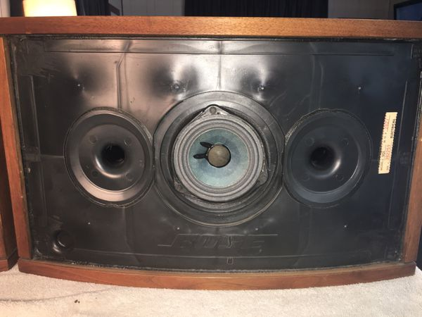Bose 901 refoaming service. I refoam all brands and types of speakers