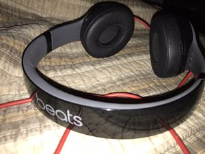 Beats by Dre solo 2 like new condition for Sale in Claremont, CA