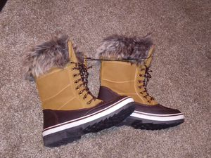 NWT Waterproof boots 7 for Sale in Vero Beach, FL