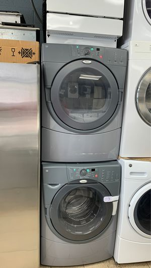 Whirlpool front load washer and dryer set for Sale in Dearborn Heights, MI