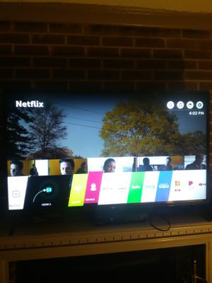 55'' LG Smart T.V Great Condition w/ Remote for Sale in Raleigh, NC