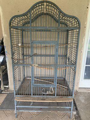 Big Bird cage for Sale in San Bernardino, CA