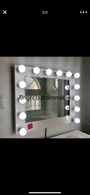 Makeup vanity mirror for Sale in Fort Lauderdale, FL
