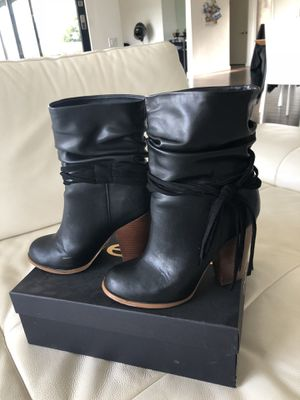 Bebe boots. Size 7 for Sale in Los Angeles, CA