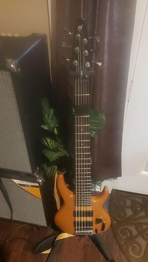 Hohner 6-string custom bass guitar for Sale in Dallas, TX