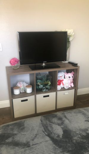 Tv stand for Sale in Beaumont, CA