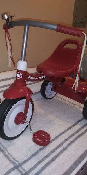 Radio flyer tricycle for Sale in Pomona, CA