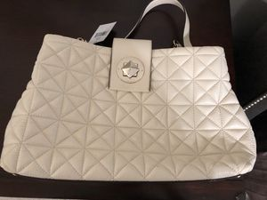 Kate Spade handbag for Sale in Fort Belvoir, VA