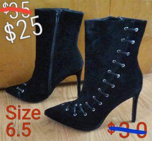 Womens black-velvet heel boots NEW for Sale in Lansing, IL