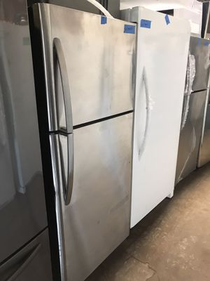 New 30in top and bottom refrigerator 6 months warranty for Sale in Baltimore, MD