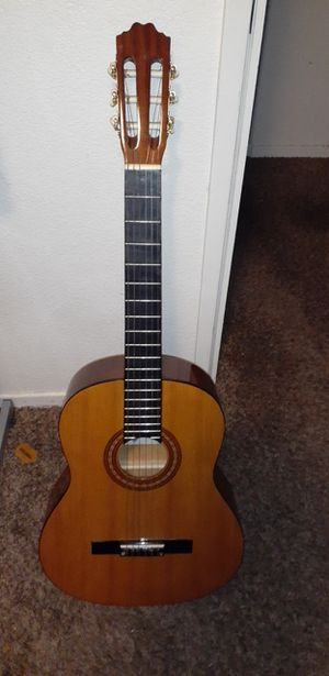 Acoustic guitar cn80 for Sale in Fresno, CA