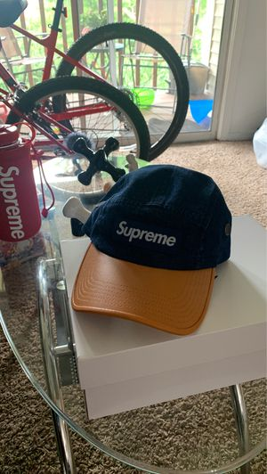 Supreme 2- tone denim for Sale in Maryland Heights, MO