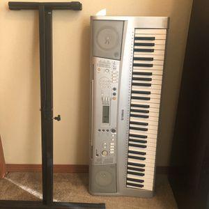 Yamaha YTP-300 keyboard for Sale in Cheney, WA