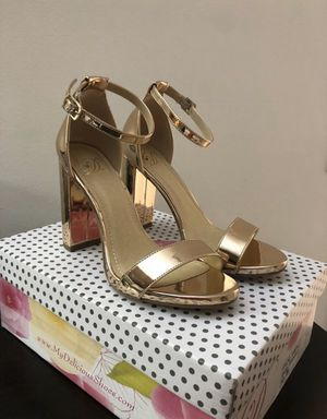 Agaci rose gold heels for Sale in Miami, FL
