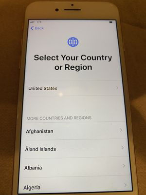 Verizon Rose gold IPhone 8 64GB for Sale in Woodburn, OR