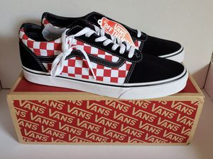 Checkerboard Vans Red and black for Sale in Orlando, FL