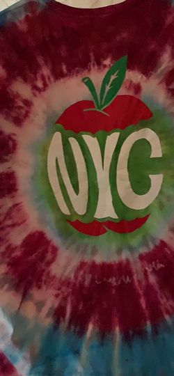 Tie-Dye NYC Big Apple Tee . Men's Large for Sale in Marietta,  GA