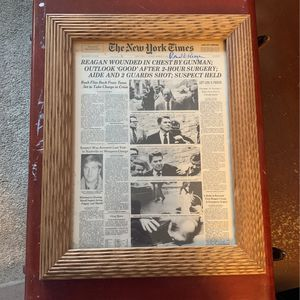 President RONALD REAGAN Autographed Framed NEW YORK TIMES for Sale in Redondo Beach, CA