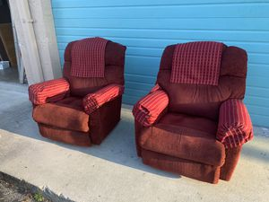 Pair of red lazy boy recliners for Sale in Miami, FL