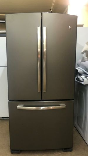 "Ge 33""W French Door Refrigerator for Sale in Phoenix, AZ"