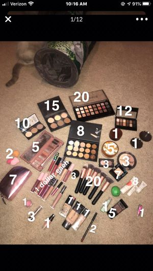 MAKEUP ( price is on the makeup ) used and some new!! for Sale in Peoria, AZ