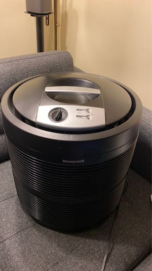 Honeywell HEPA air purifier 50255-HD for Sale in Queens, NY