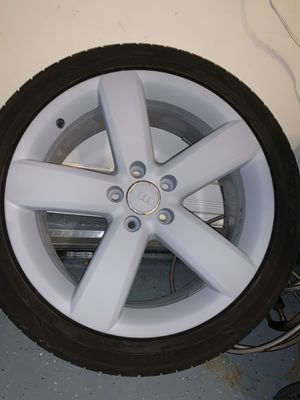 18 inch rims with BRAND NEW TIRES for Sale in Auburn, WA