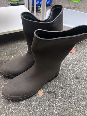 Men's Rain Boots size 12 for Sale in Los Angeles, CA