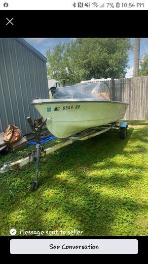 Nice boat needs a transom. Ex sheriff boat for Sale in Carleton, MI