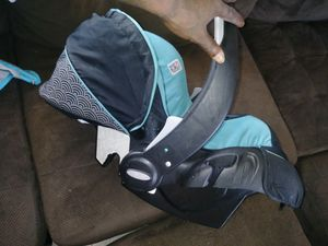 Car seat for Sale in Columbus, GA