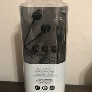 🎧 Sony Headphones BRAND NEW 🎼 for Sale in Chesterfield, MO