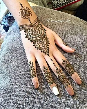 Henna tattoos .mehndi for Sale in North Bergen, NJ