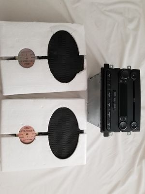 Ford F150 2005 Stereo and speakers for Sale in Phoenix, AZ