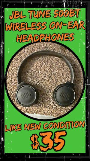 JBLTune 500BT Wireless On-Ear Headphones for Sale in Lakewood, WA