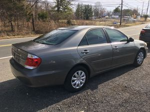 2004 Toyota Camry LE for Sale in Oxon Hill, MD