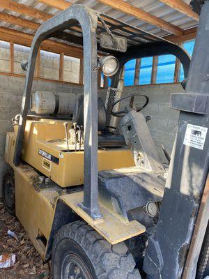 Caterpillar Forklift 8000lb for Sale in Fremont, CA