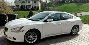 $1,OOO Selling my 2OO9 Nissan Maxima. for Sale in Baltimore, MD