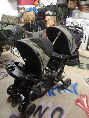 Double stroller for Sale in Alton, TX