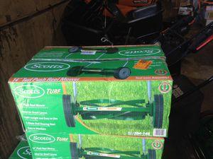 Scotts 14 inch turf push real mower for Sale in Phoenix, AZ