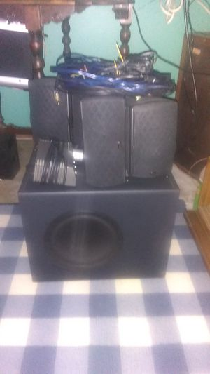 Klipsch Pro Audio Ultra 5.1 home theater for Sale in Bridgeton, MO