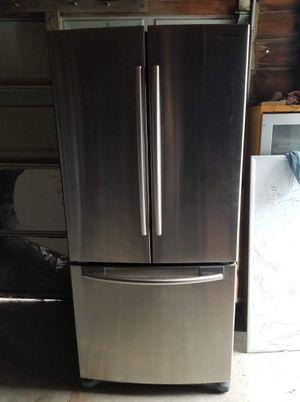 """Refrigerador samsung 33"""" for Sale in Manteca, CA"""