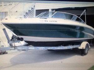 2OOO sea Ray for Sale in Charleston, WV