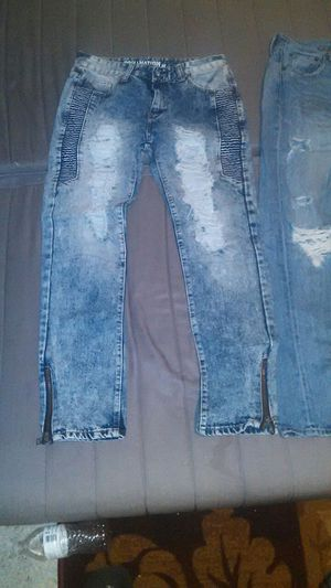 Ripped jeans for Sale in West Palm Beach, FL
