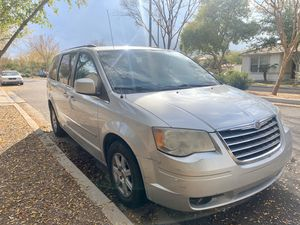 2010 Mini van Chrysler Town and Country for Sale in Gilbert, AZ