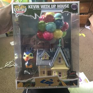 Kevin with Up House Funko pop nycc for Sale in Jacksonville, FL