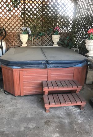 Jacuzzi Hot tub Spa with power jets🌊💦 for Sale in Inglewood, CA