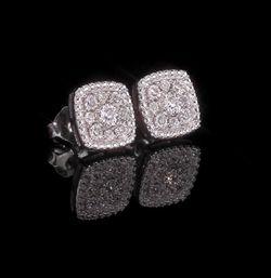Macy's Diamond Earrings $200 Originally for Sale in NJ,  US