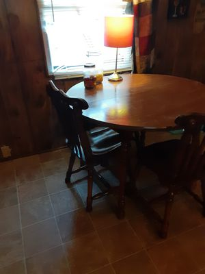 Table and chairs for Sale in Easley, SC