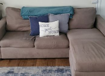 Tan L Shaped Couch for Sale in La Habra,  CA